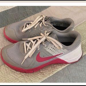 Nike metcon size 8